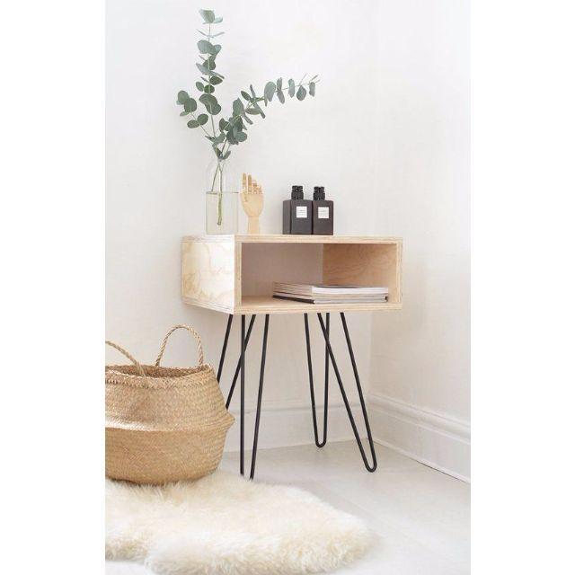 Minimalist Bathroom Tutorial: Hairpin Hipster Table Legs Black