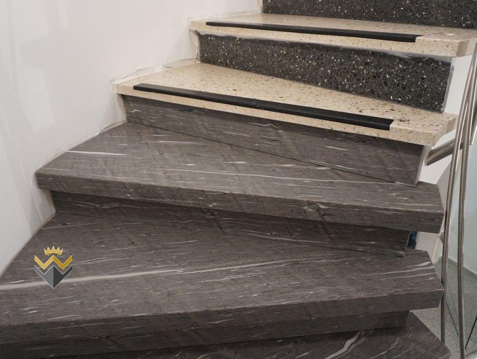 terrazzotreppe treppe aus den 60er jahren staubfrei mit d nnen natursteinstufen berbauen w. Black Bedroom Furniture Sets. Home Design Ideas