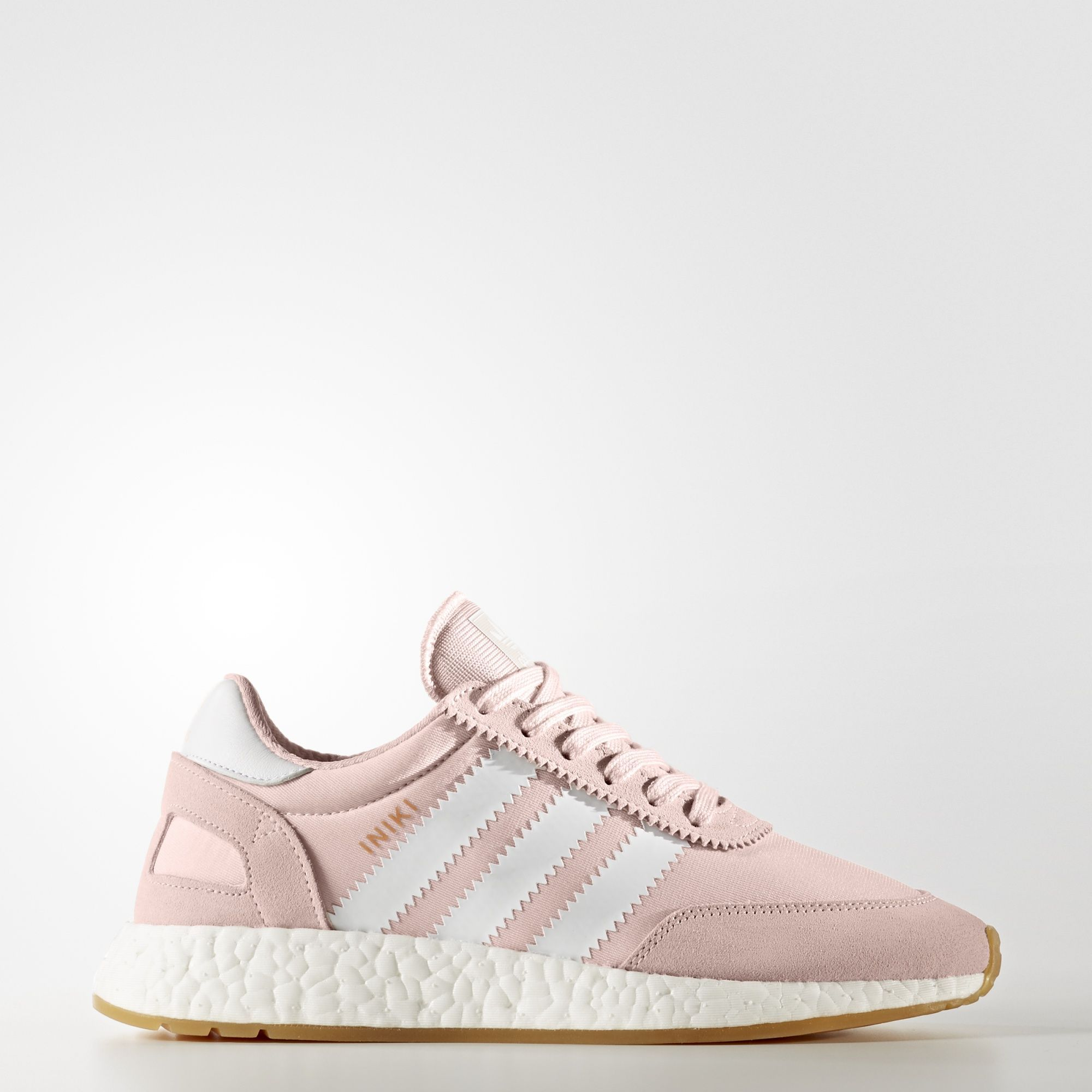 For all you pale wave dudes out there, these upcoming iniki boost in rose  just got announced