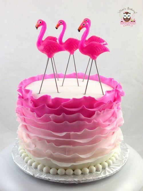 Flamingo cake 40 g teaux d 39 anniversaire 20 flamingo pinapple cactus crazy party - Deco anniversaire flamant rose ...