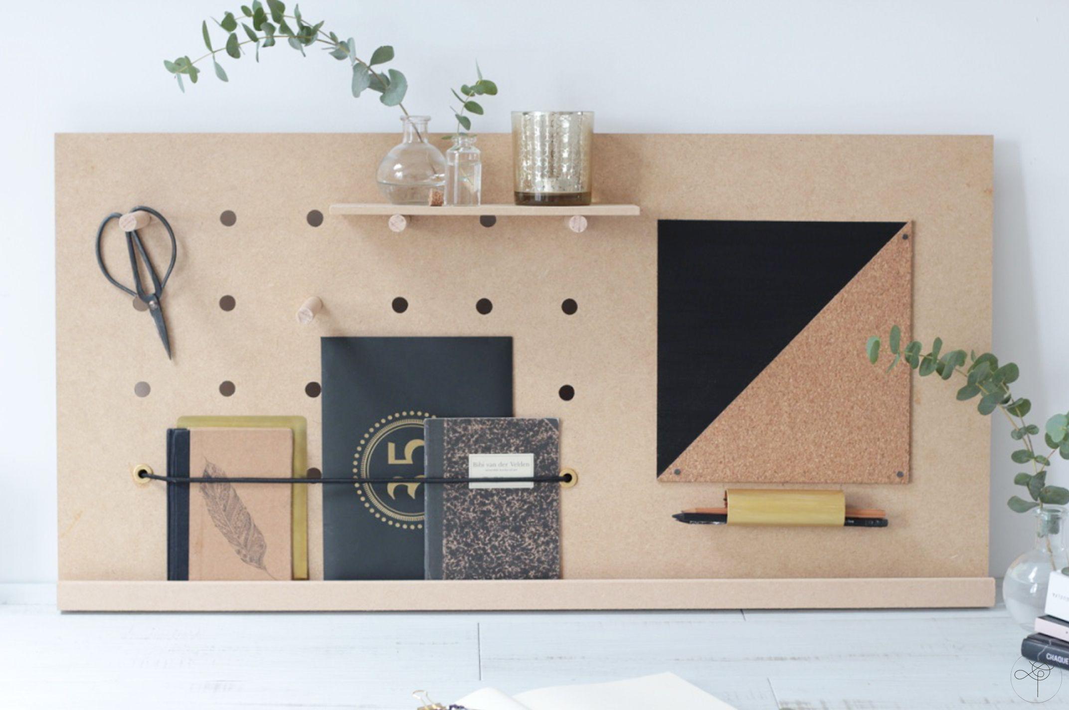 découvrez comment créer un organiseur de bureau façon peg-board