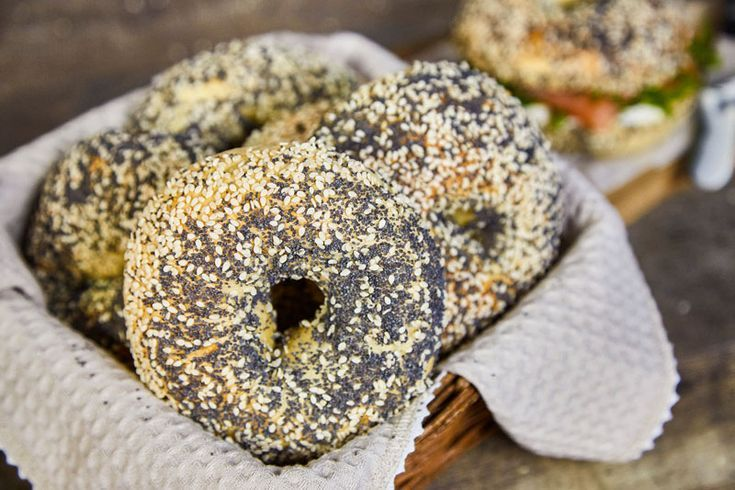 Sallys Rezepte Bagels Das Rezept Weiche Luftige Brotchen Sallys Rezepte Bagels Rezept Rezepte
