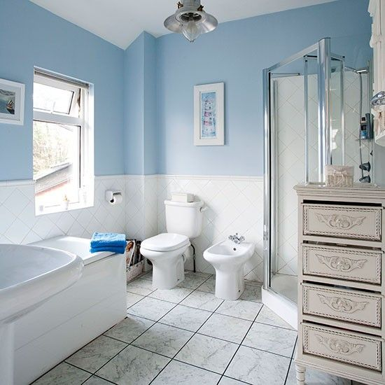 Pale Blue And White Traditional Style Bathroom Bathroom Decorating Ideal Home Blue White Bathrooms Blue Bathroom Accessories Bathroom Layout