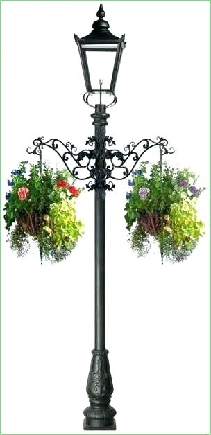 lamp post for sting lights Google Search | Garden lamp