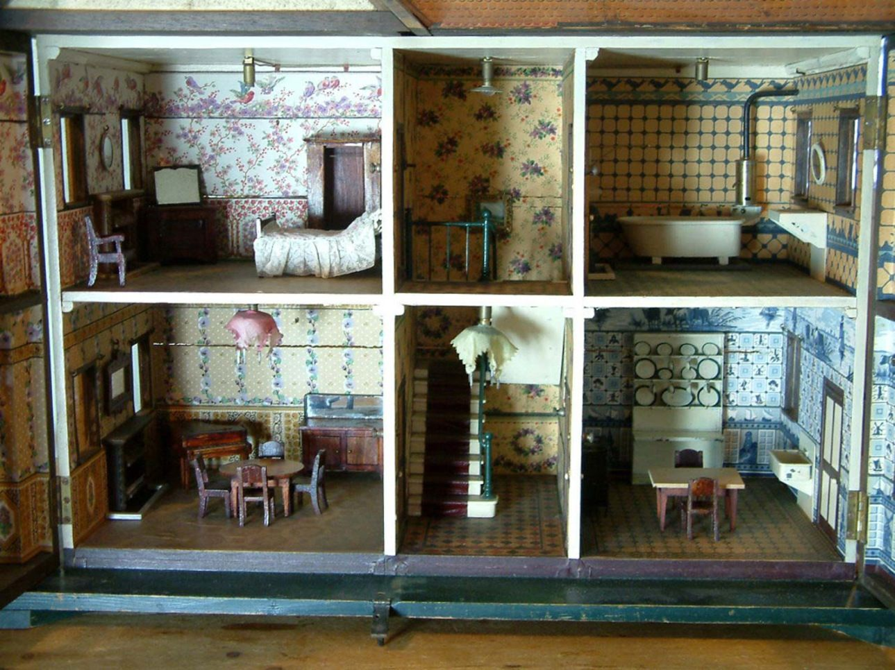 Wonderful Vintage Dollhouse Furniture For Sale Part - 11: For Sale: Books U0026 Mags - Dolls Houses Past U0026 Present (Bubbyu0027s House With ·  Dollhouse InteriorsDollhouse DesignDollhouse FurnitureVintage ...
