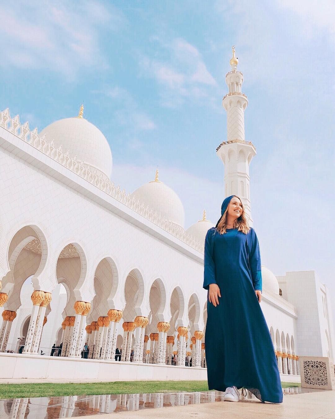 Visiting Shiekh Zayed Grand Mosque On A Day Trip To Abu Dhabi One