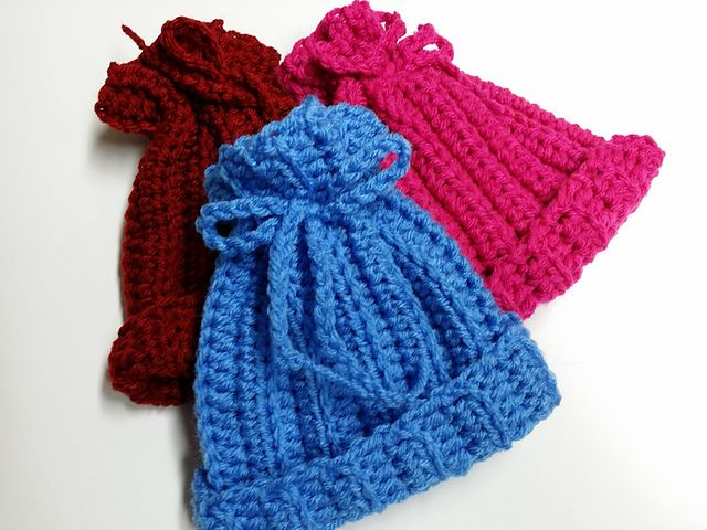 Quick and easy to make hat for preemies or newborns ...
