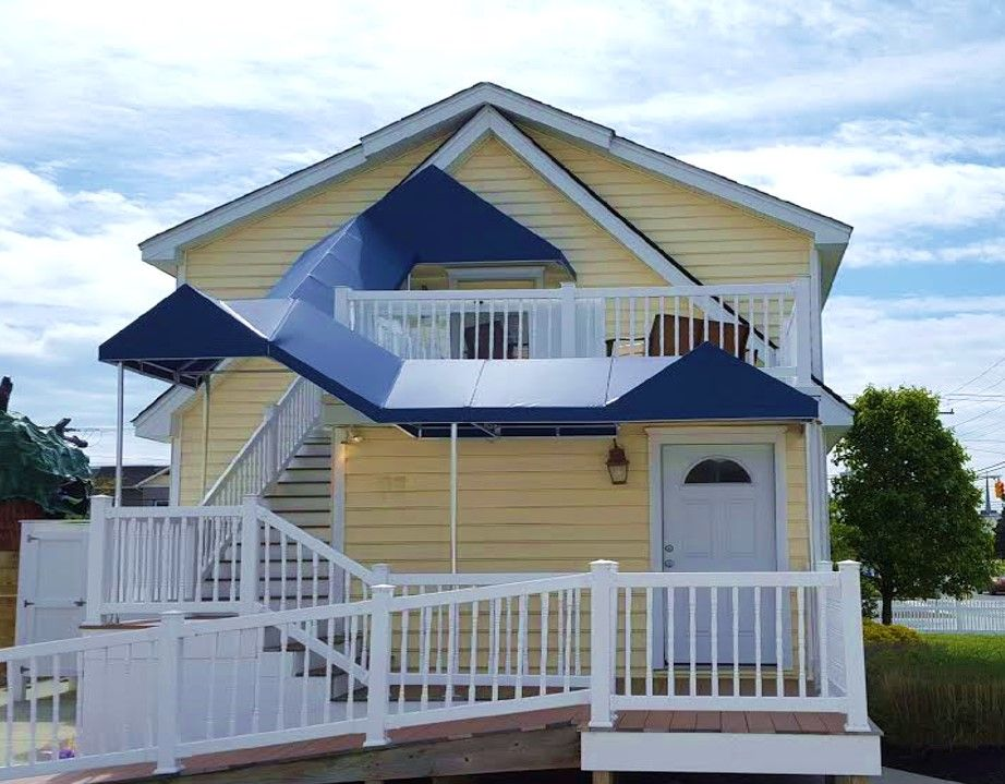Awning And Canopy Installation By Bill S Canvas Shop In Southern New Jersey House Styles Canopy Awning