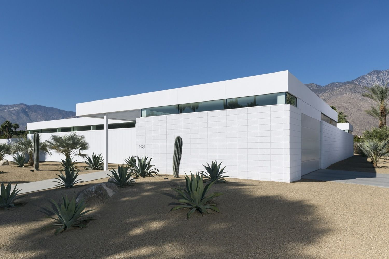 Gallery of Palm Springs Residence / Jim Jennings