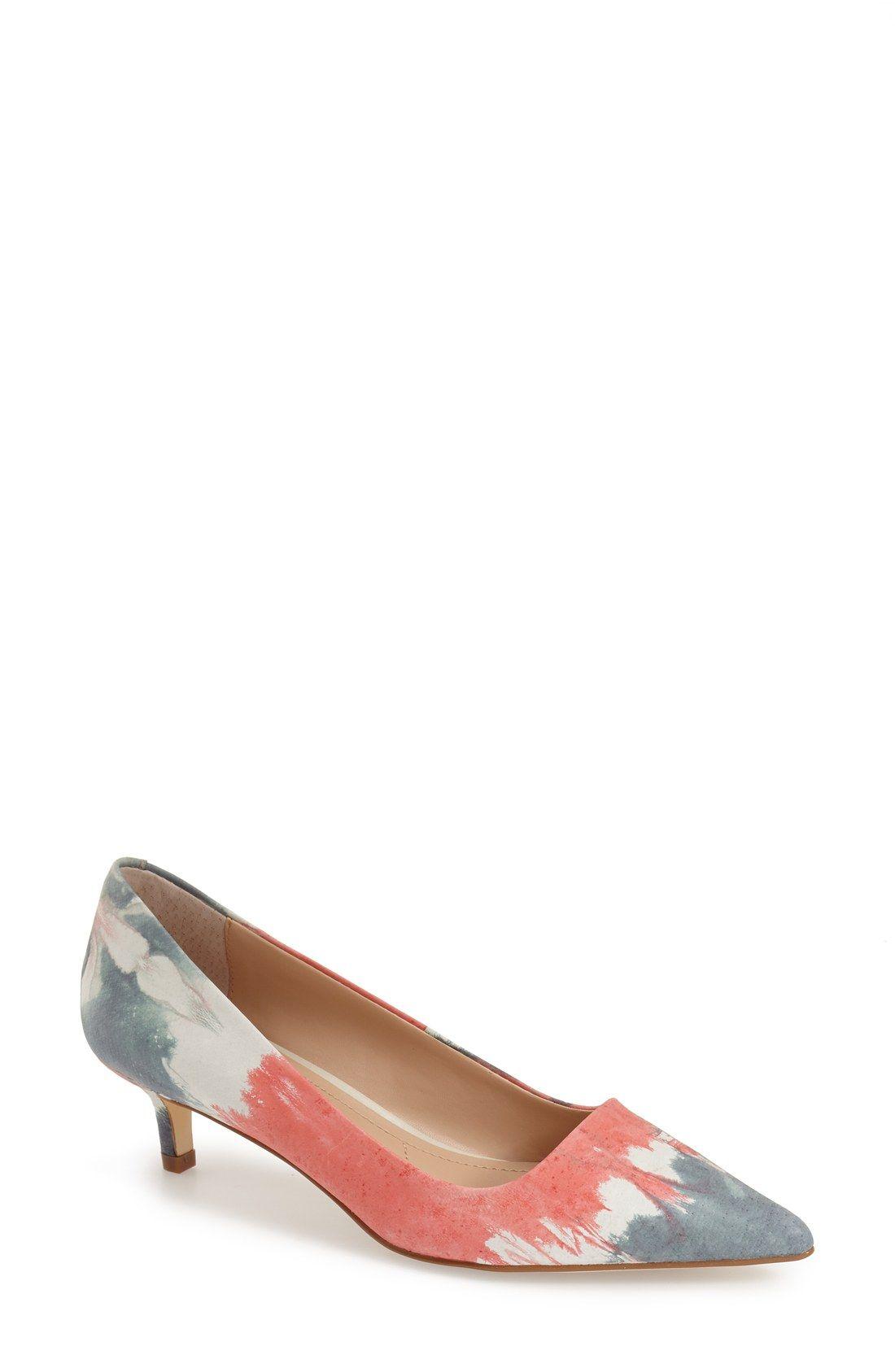 Charles By Charles David Drew Kitten Heel Pump Women Zapatos