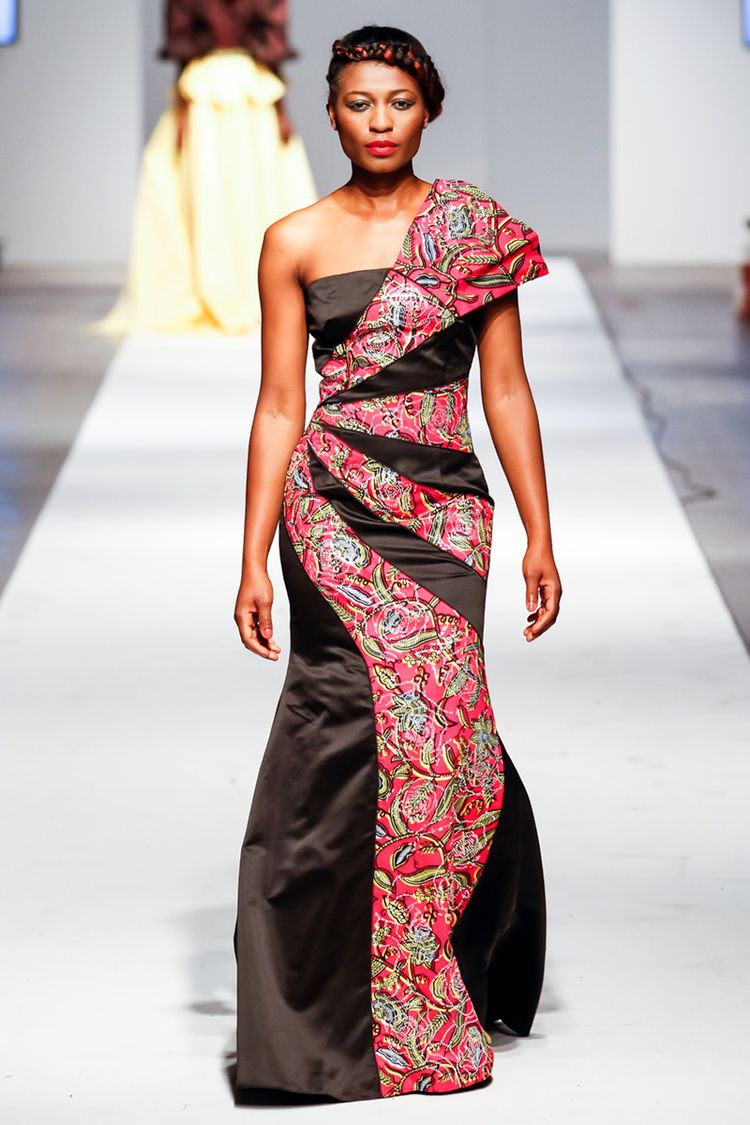 Over 30,000 more pics at: https://www.facebook.com/LatestAfricanFashion ~ African fashion, Ankara, kitenge, Kente, African prints, Braids, Asoebi, Gele, Nigerian wedding, Ghanaian fashion, African wedding ~DKK