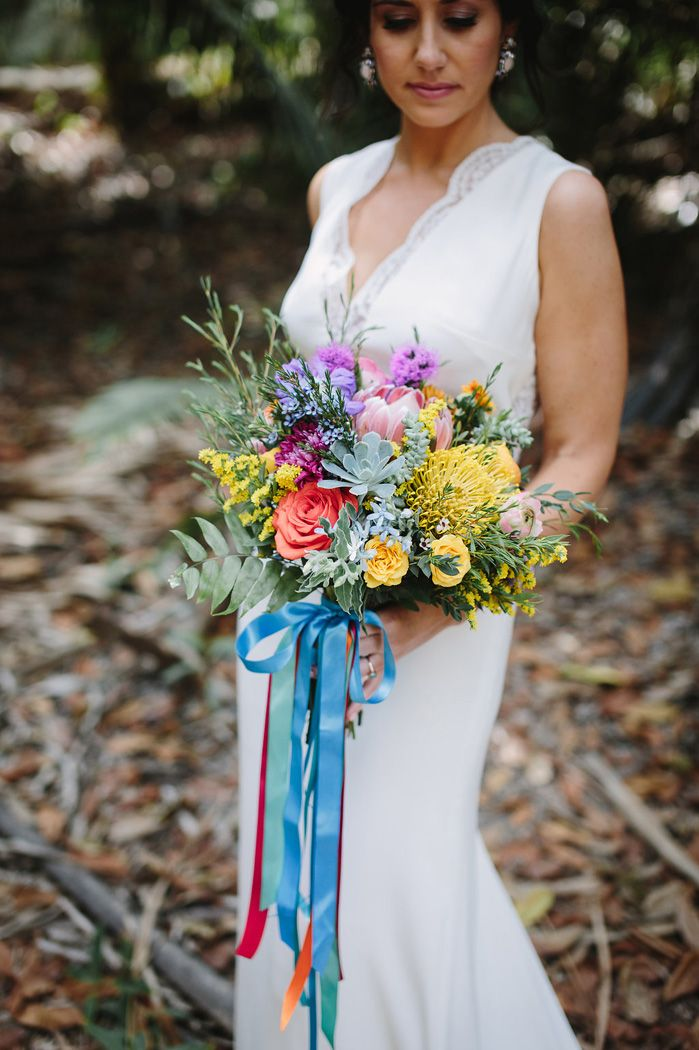 A colourful wedding bouquet | fabmood.com #bouquet