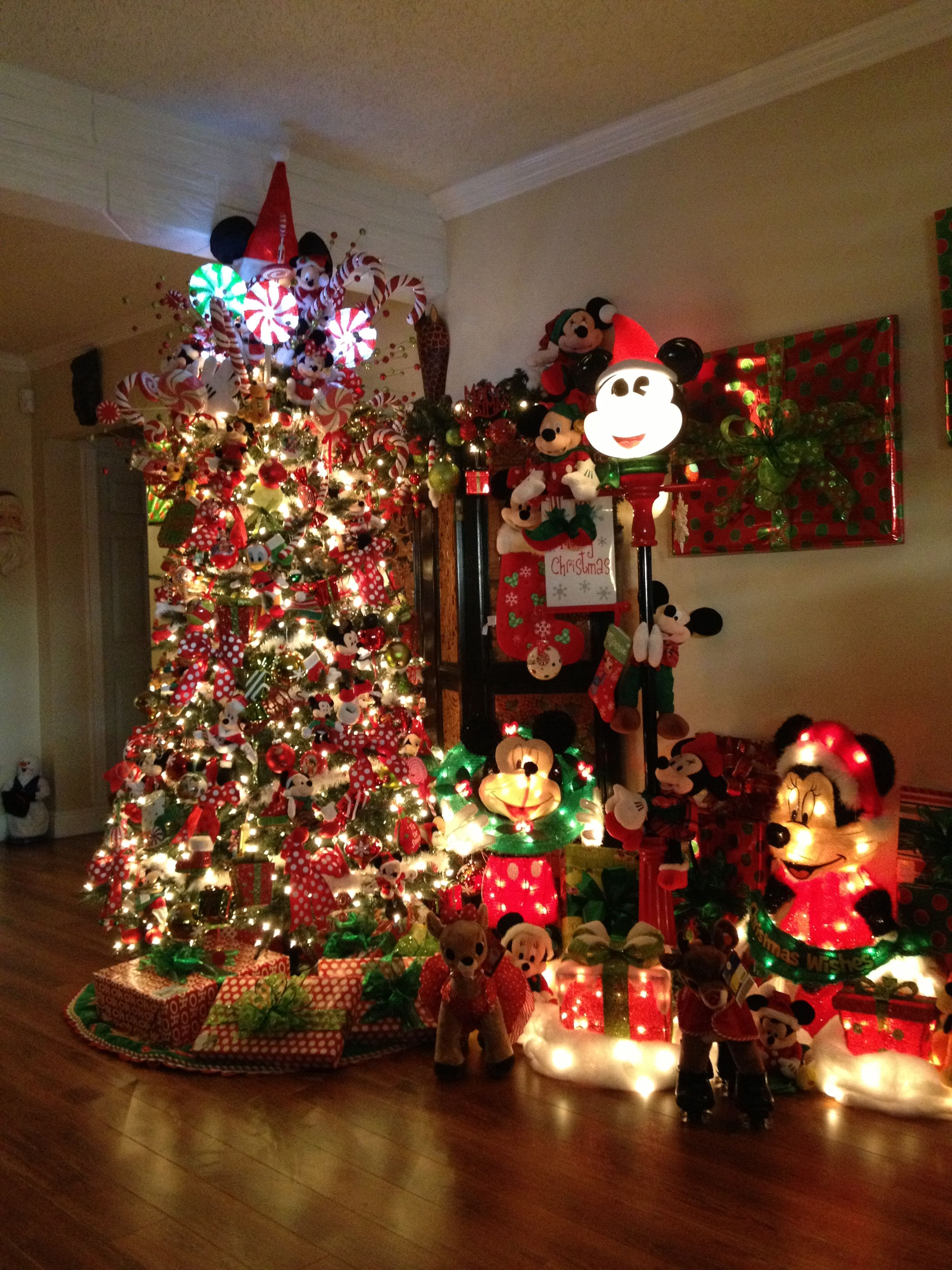 Mickey And Minnie Mouse Christmas Tree Decorations.Awesome Minnie And Mickey Mouse Christmas Tree Decorations