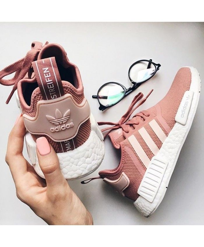 562dd7df999446 Womens Adidas NMD R1 Raw Pink Shoes Stile di tendenza