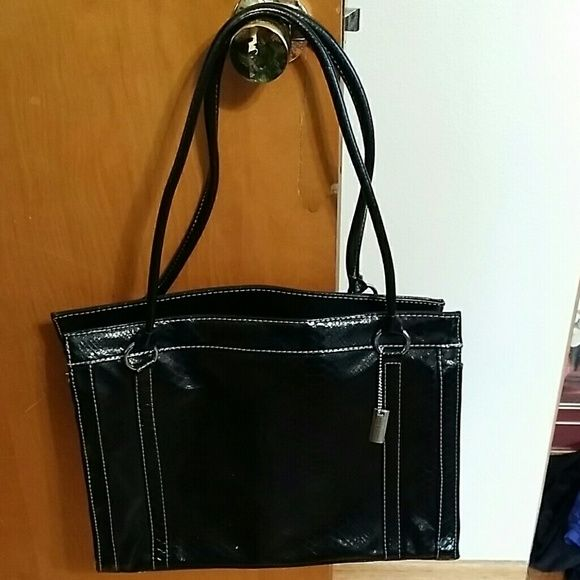 Purse Black shoulder bag with 3 inside large pockets. No rips or tears and from smoke free home. Sag Harbor Bags Satchels