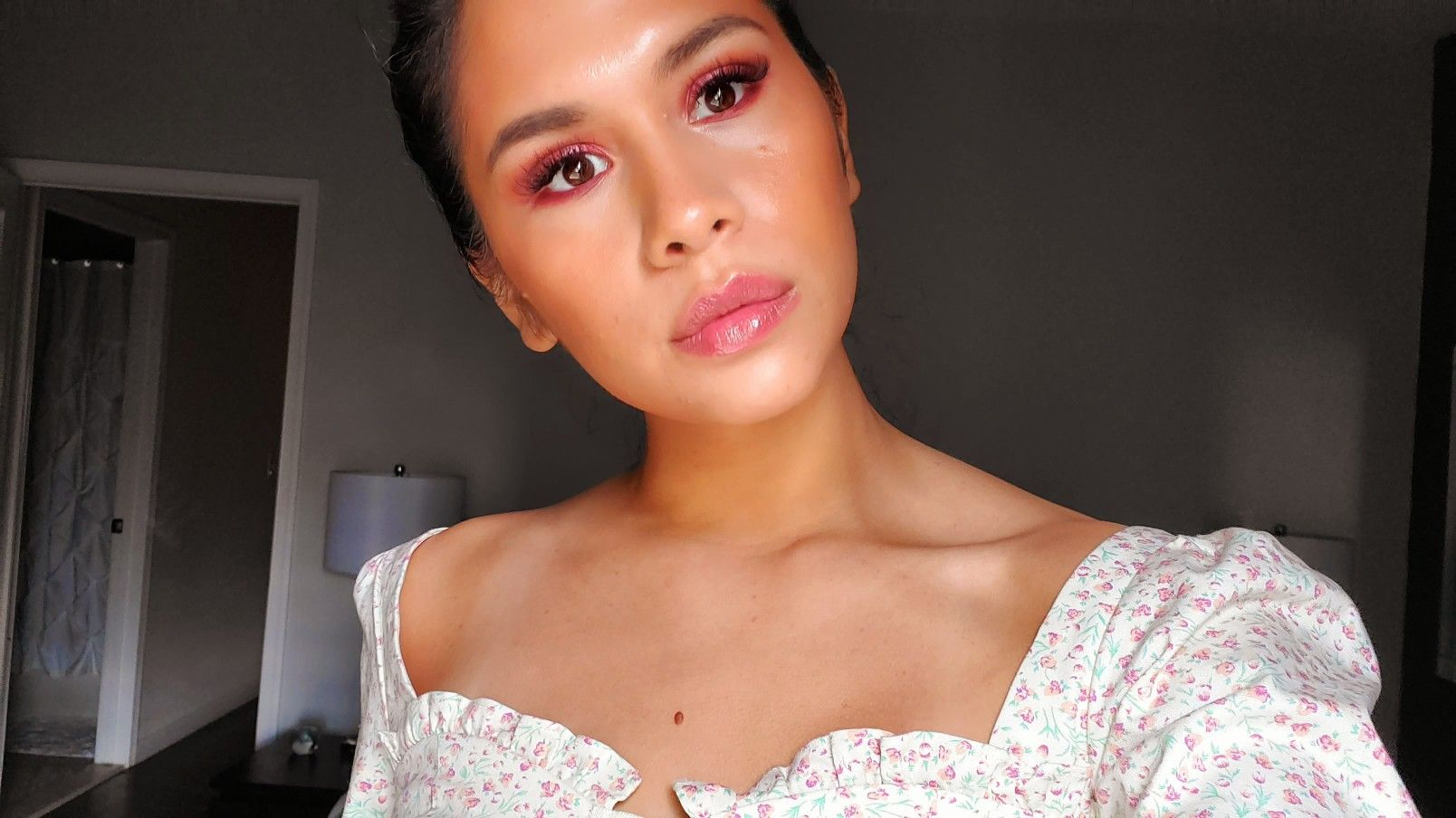 Minimal makeup look Minimal makeup look, Makeup looks