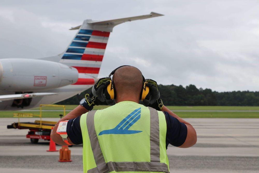 """""""On the Ramp"""" Piedmont Airlines Glassdoor Photos"""