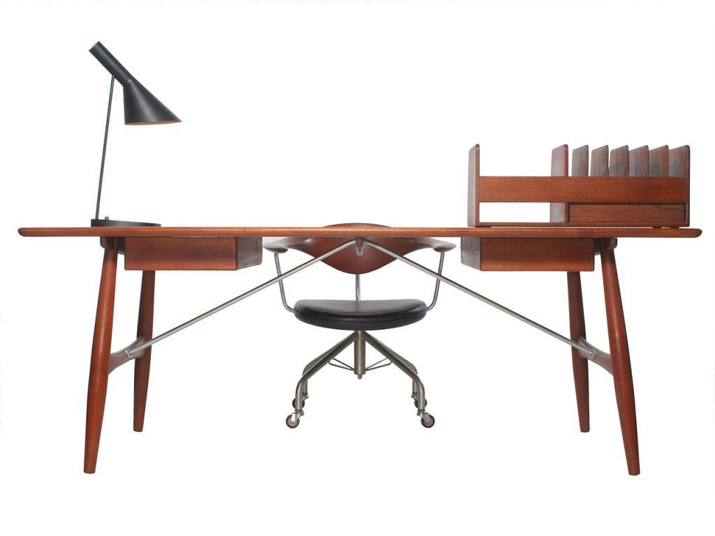 The Architect S Desk By Hans Wegner 1stdibs Com Architects