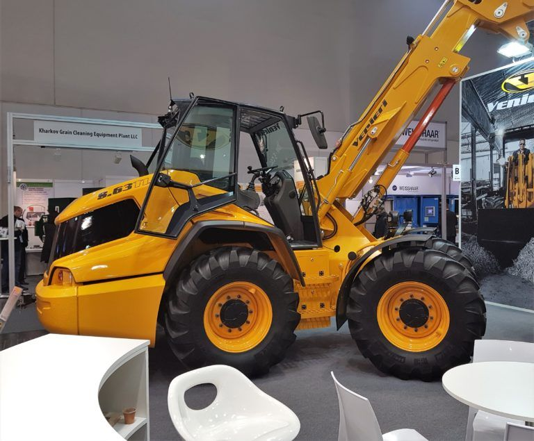 Pics Can Venieri Raise The Stakes With Its New Pivot Steer Telehandler Agriland Ie Steer Hydraulic Systems Pics