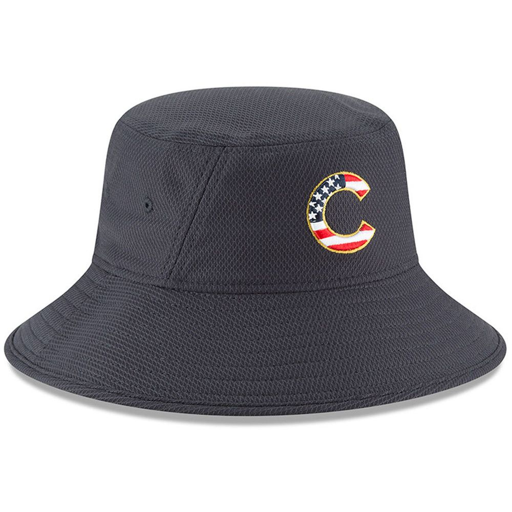 1317274acef88 Chicago Cubs 2018 Stars   Stripes 4th of July Bucket Hat by New Era   ChicagoCubs