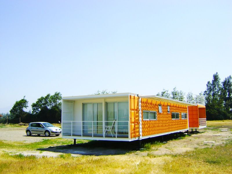 Shipping Container Homes: Earthquake-resistant container home by ARQtainer