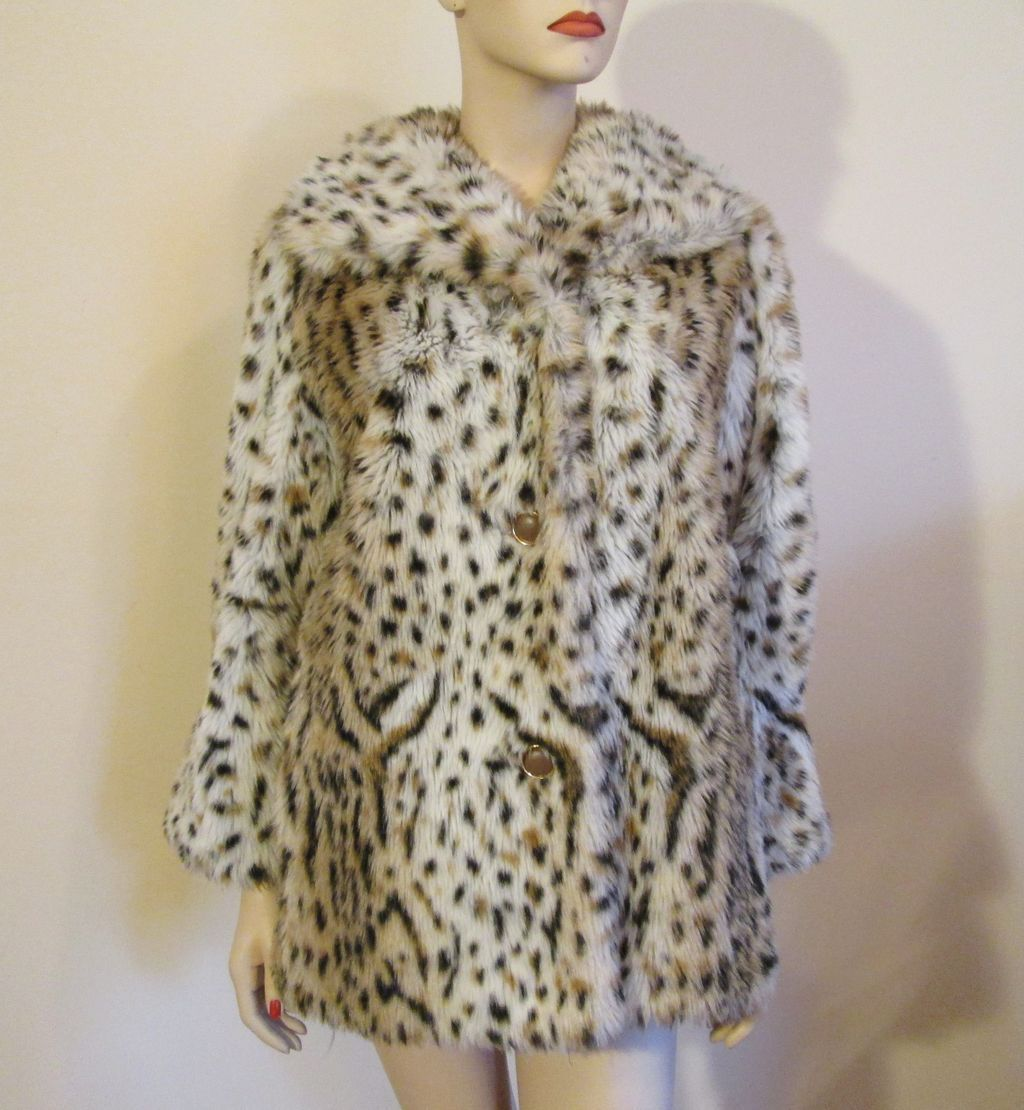 b03257ee3045 Animal print faux fur women's coat, vintage with original Dubrowsky &  Joseph interior tag. Exclusively styled using Tissavel of France