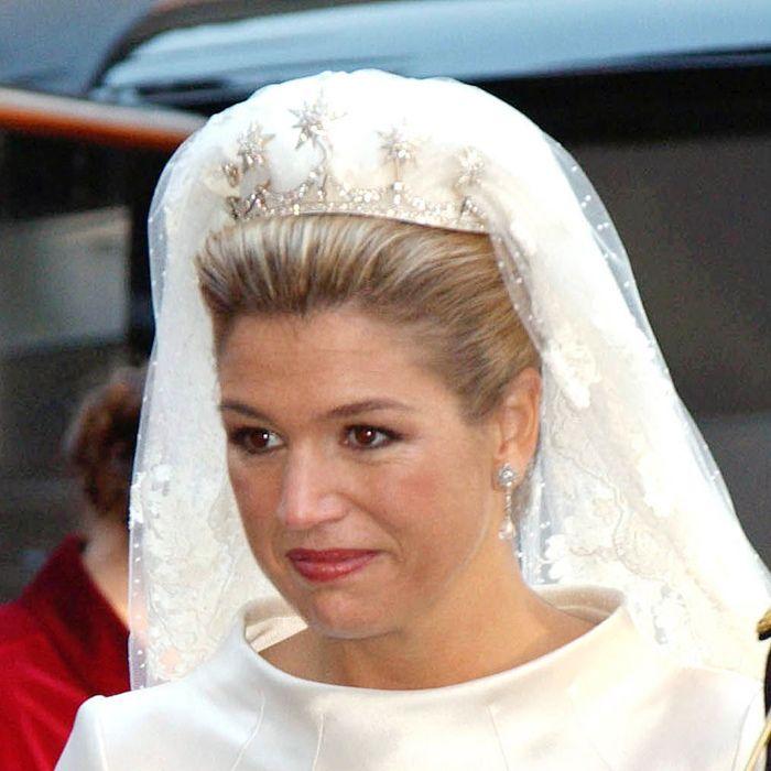 princess brides 19 breathtaking royal wedding tiaras