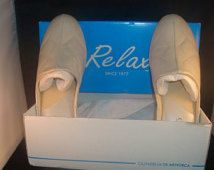 Vintage David Nieper by Relax Classic Oyster Pearl Leather Slippers House  Shoes Size 8 dc68d20cf