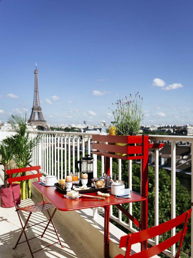 Des tables aussi pratiques que canons pour le balcon | Maison ...