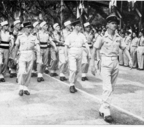 Le Lieutenant Helie Denoix De Saint Marc En T Te De La Ciple En Indochine Armee Francaise Indochine Heros