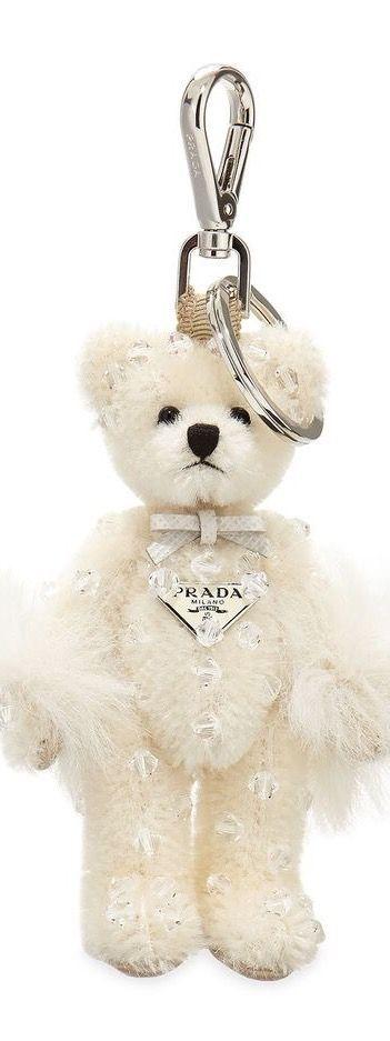 Little Prada Bear key ring. Pendentif, Ours En Peluche, Porte Clé ... fc390f3a3f8