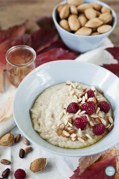 Tarjeta d embarque: Porridge con frambuesas, miel y almendras {Gachas de avena}