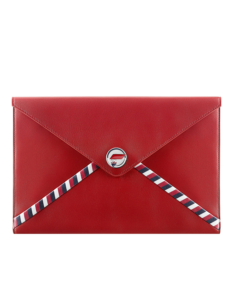Pouch, lambskin-dark red - CHANEL