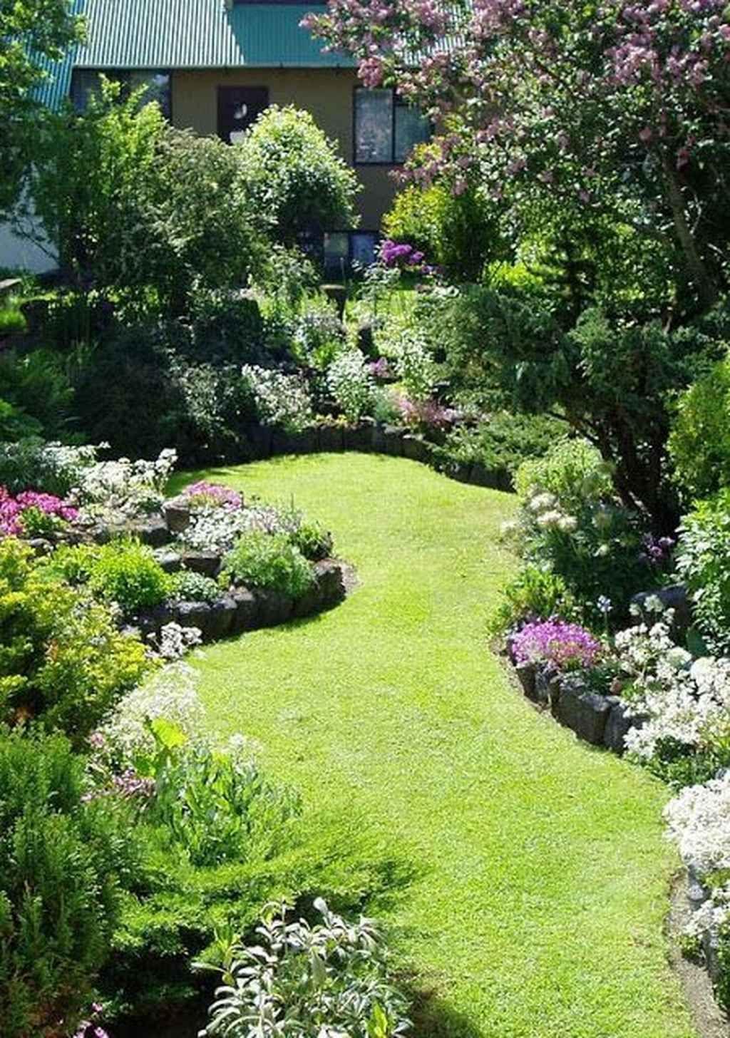 90 Stunning Small Cottage Garden Ideas for Backyard Landscaping #smallgardenideas