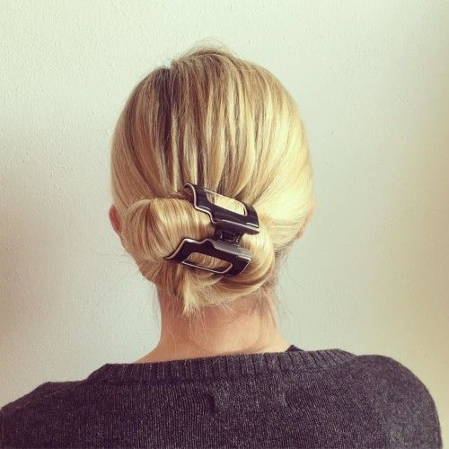 claw hair styles low bun roll hairstyle using a jaw clip and 8220