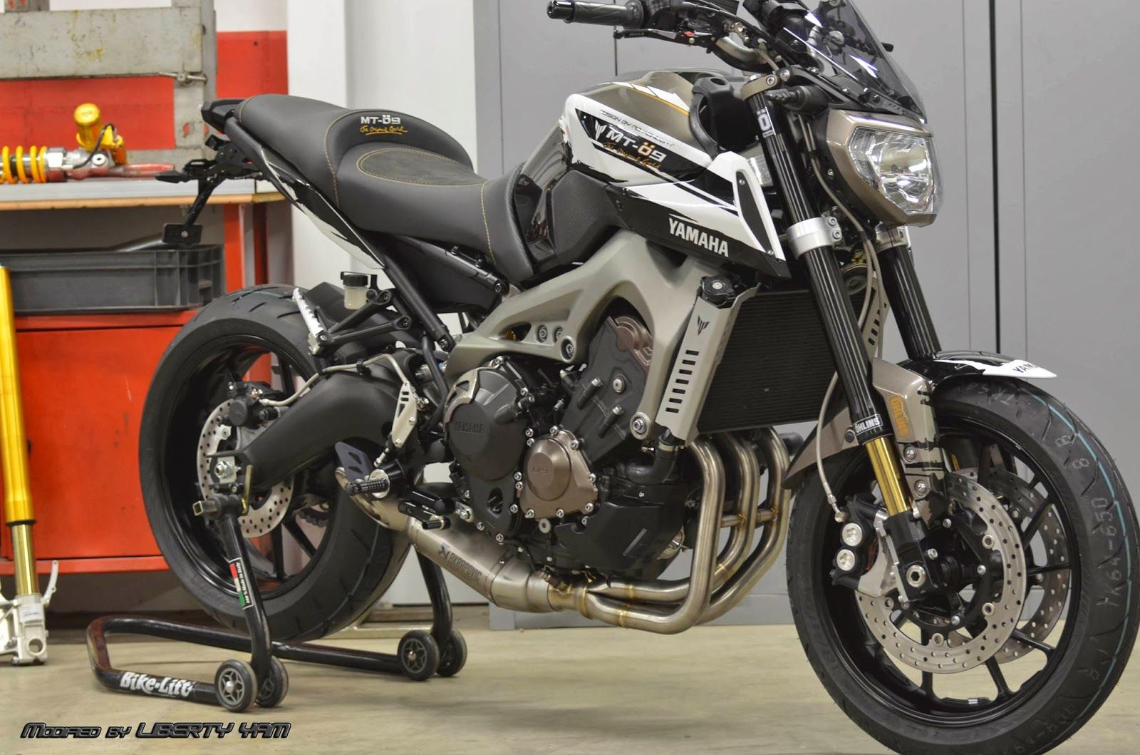 yamaha mt 09 ohlins by liberty yam 1600 1059 mt. Black Bedroom Furniture Sets. Home Design Ideas