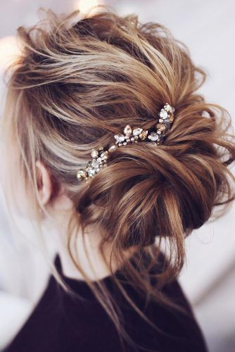 Wedding Hairstyles 2020 2021 Fantastic Hair Ideas Messy Wedding Hair Hair Styles Wedding Hair Down