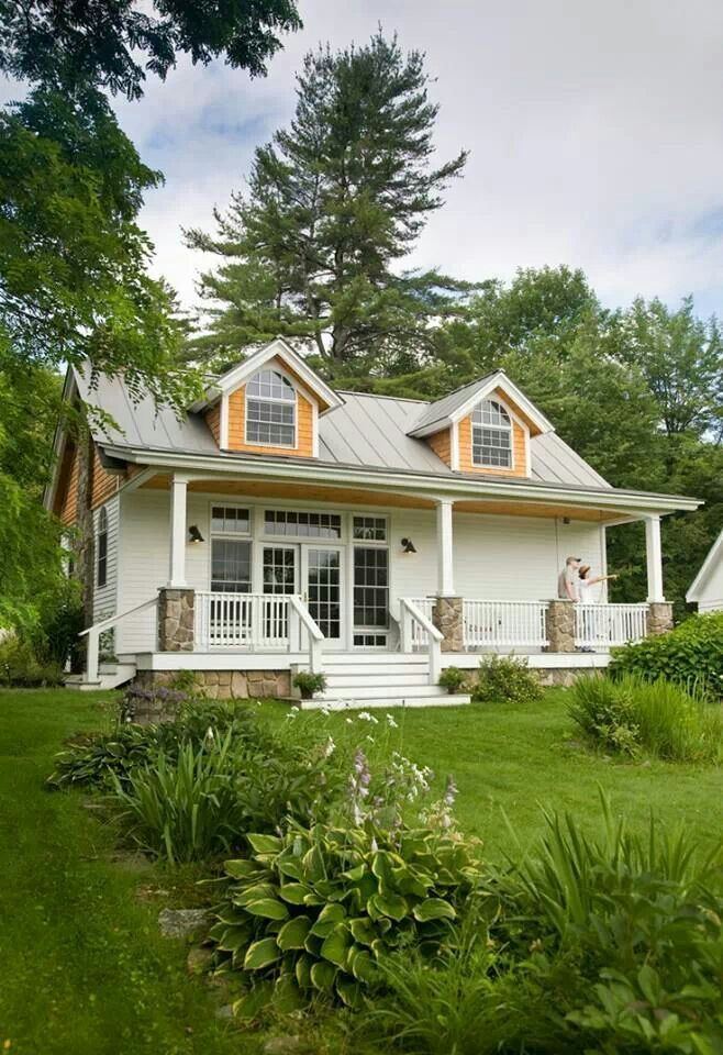 Quiet And Spacious Story Ideas Houses Pinterest House