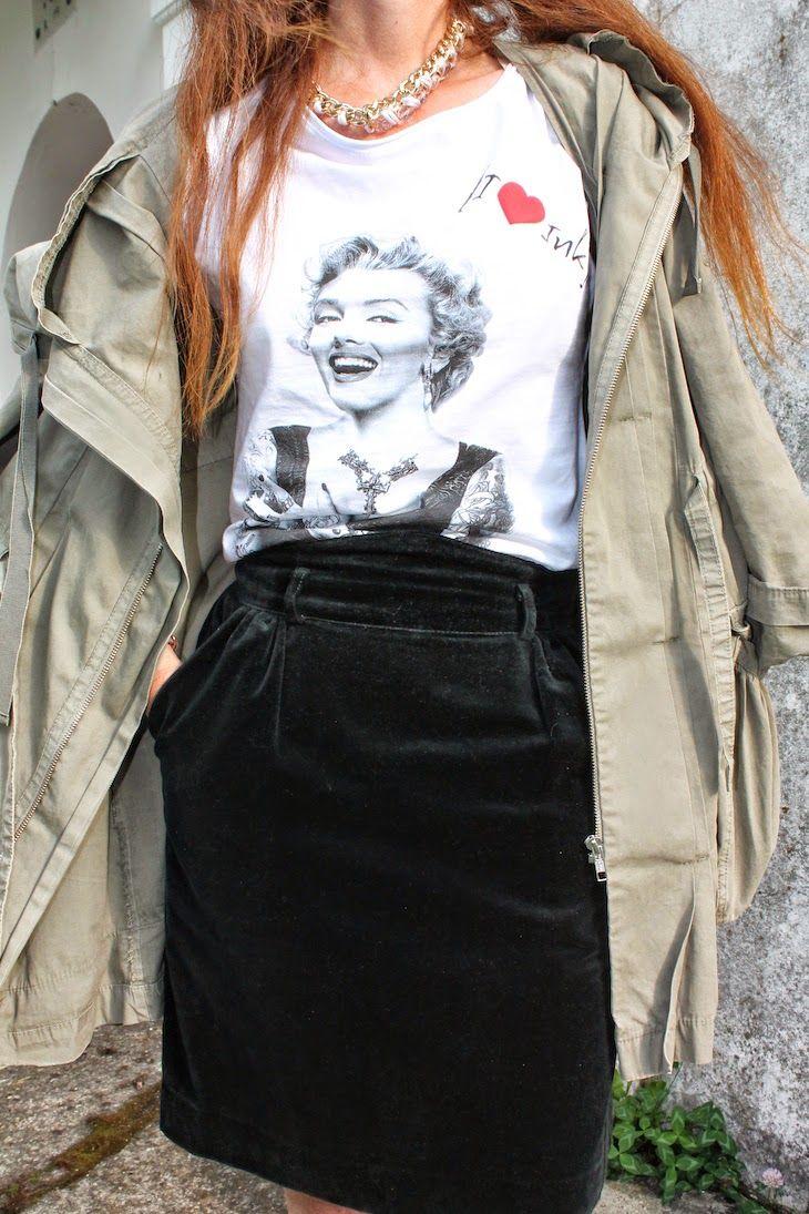 2df53764d9 Marylin Monroe, gonna velluto nera, cinema icon tees tshirt, velvet ...