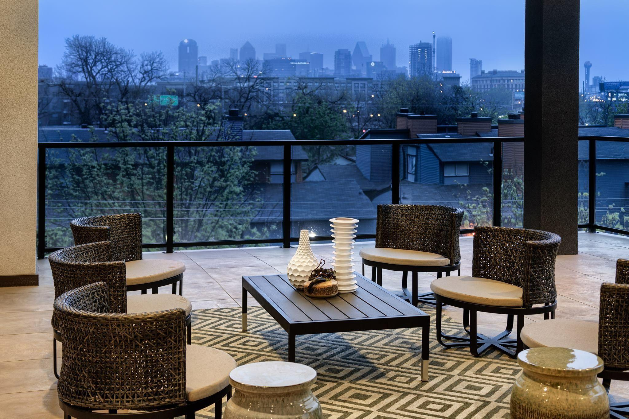 Orlando Round Lounge Chairs Outdoor patio designs