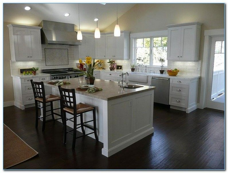Kitchens With White Cabinets And Dark Floors Wood Floor Kitchen White Shaker Kitchen Cabinets White Shaker Kitchen