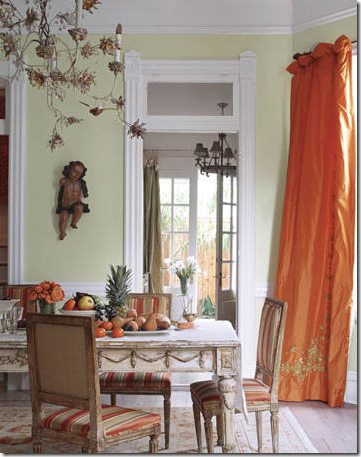 This New Orleans Dining Room Used Taffeta Panels In A Beautiful Apricot Shade