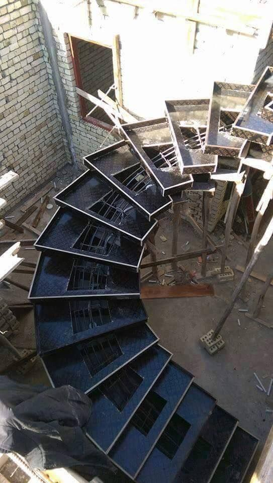 Pin de nizar ghoussain en form work pinterest escalera for Construccion de escaleras de concreto armado
