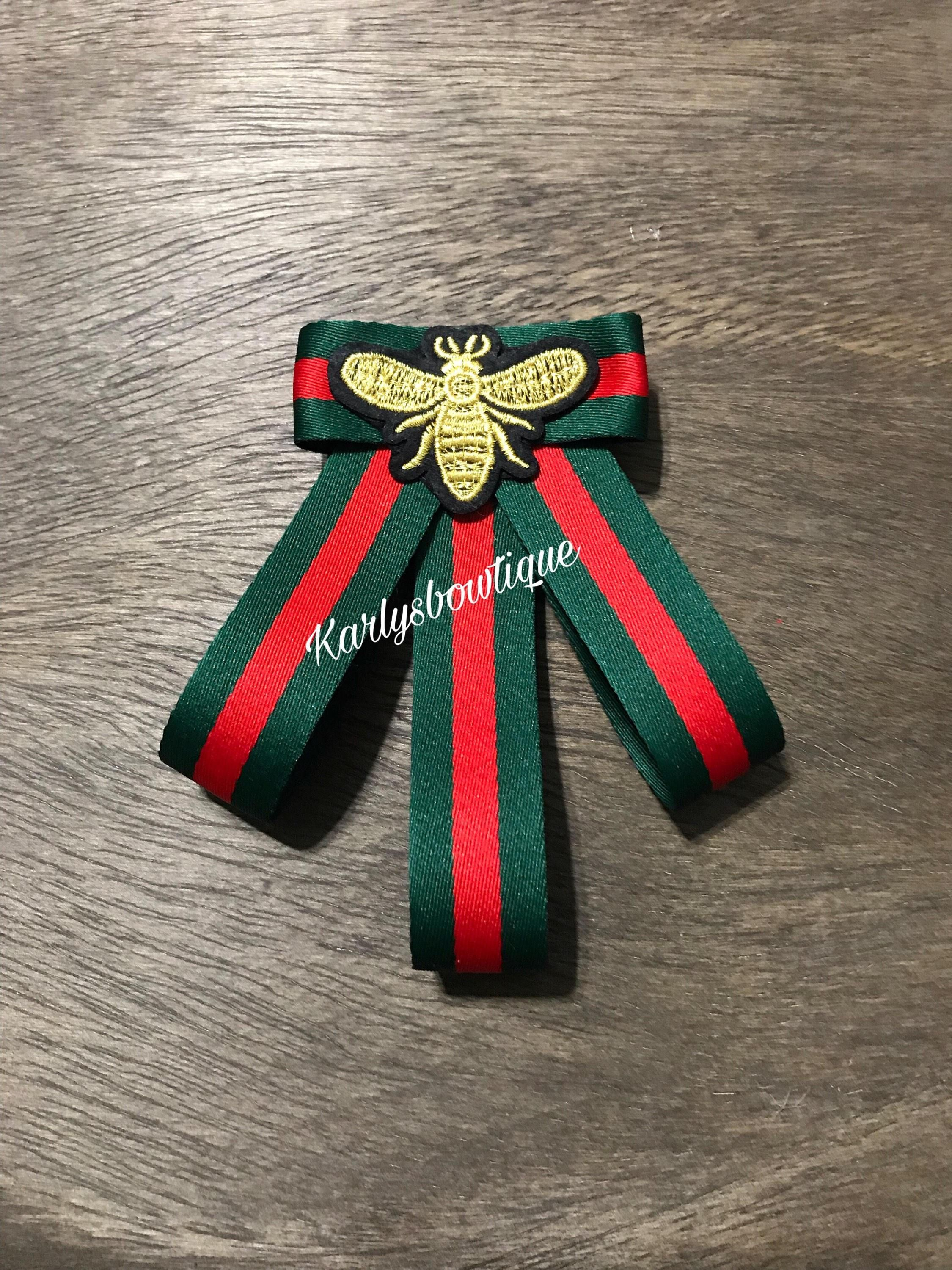 686e1e5b2cb76f Bow Brooch Tie Green and Red Bee | Bow Tie Pendents | Diy fashion ...