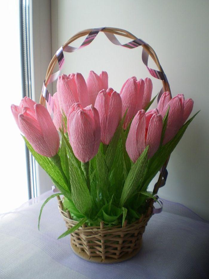 Сделать тюльпан из гофрированной бумаги своими руками 810