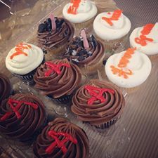 Yum!!! We love the cupcAkes Kelsey Sharp had at her #PLL premiere party!