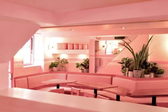 look inside an entirely pink restaurant in new york city — vogue