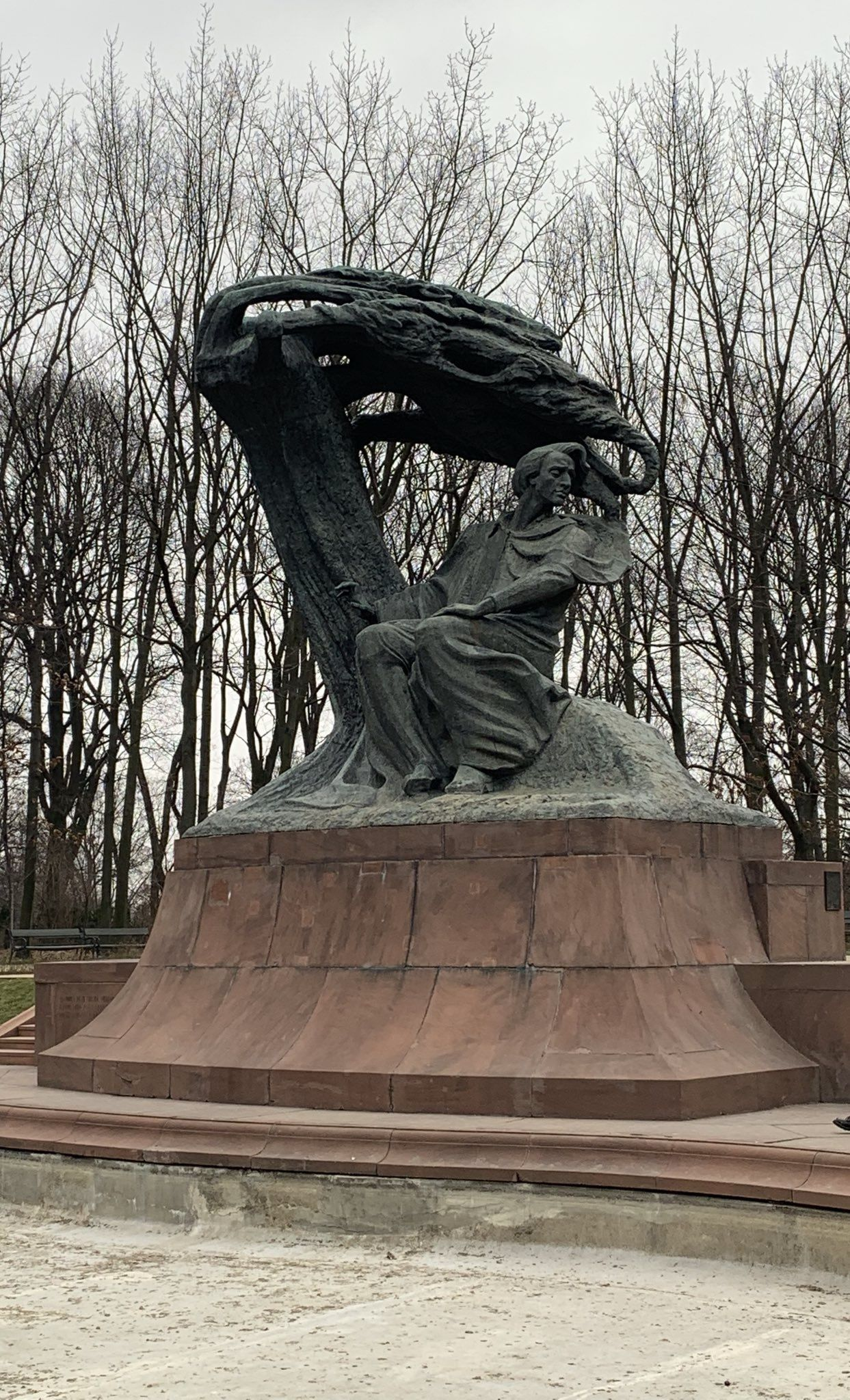 a49116127262992793f962e55aea18d4 - The Monument To Chopin In The Luxembourg Gardens