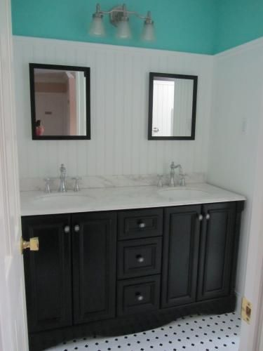 St Paul Valencia 60 In Vanity Antique Black With Stone Effects Top Cascade Vasd60csp2com Ab At The Home Depot