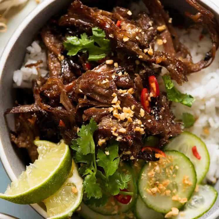 Caramelised Vietnamese Shredded Beef Recipe Lemongrass Chicken Recipe Shredded Beef Beef Recipes